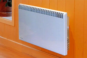 Конвектор отопления с креплением на стену